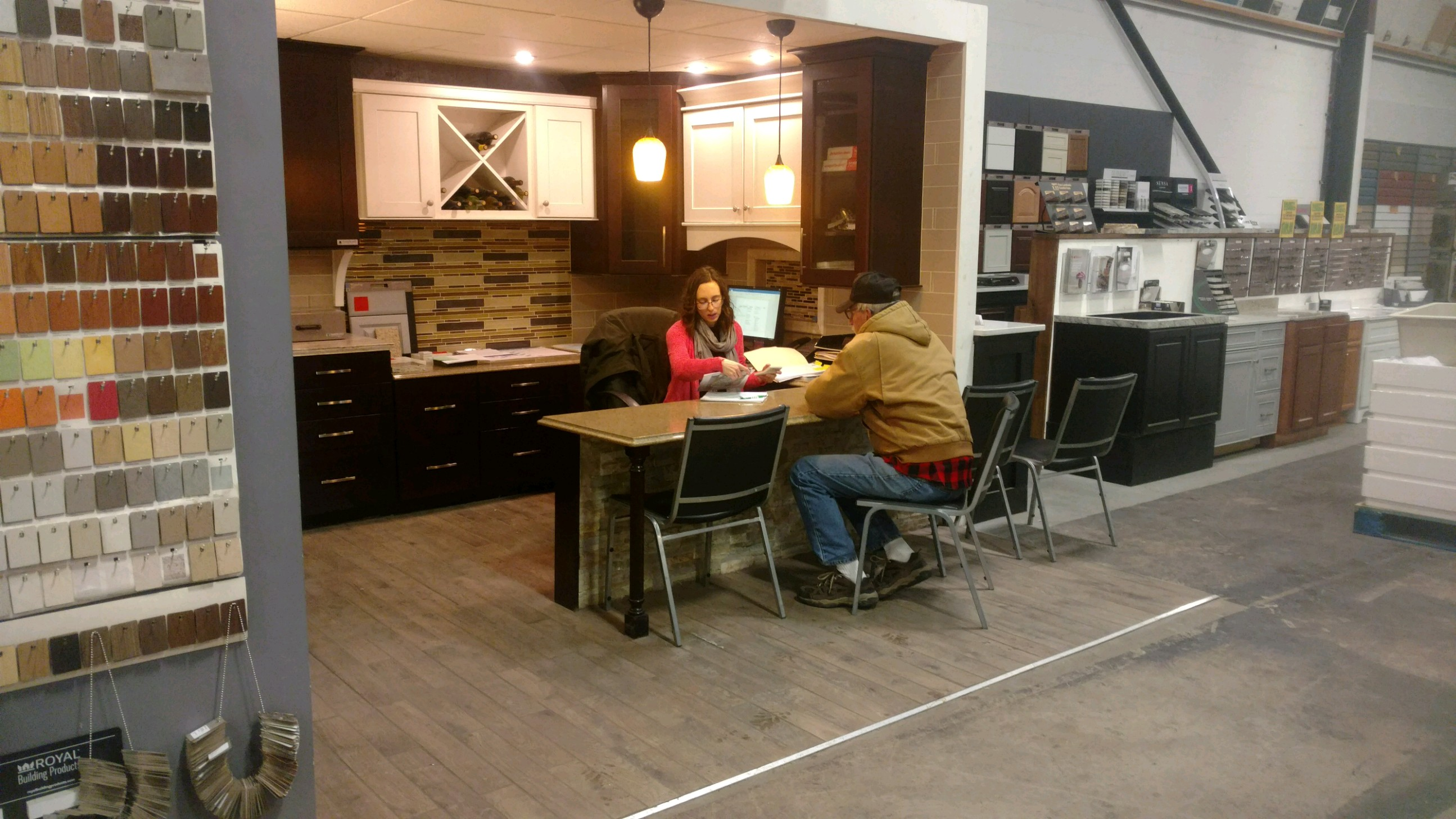 Let Us Help Make Your Dream Kitchen A Reality... Work With Our Kitchen  Design Experts To Make It Happen Today!